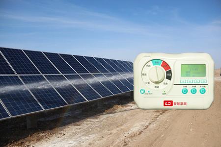 智能光伏太阳能面板自动喷淋